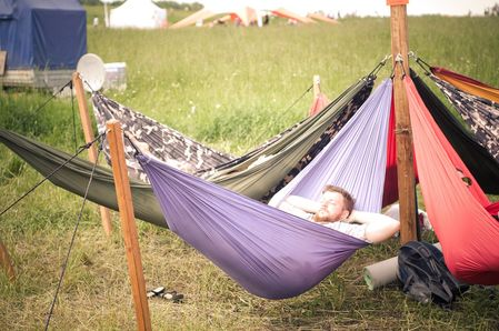 Parachute hammock for the new dimension of relaxation
